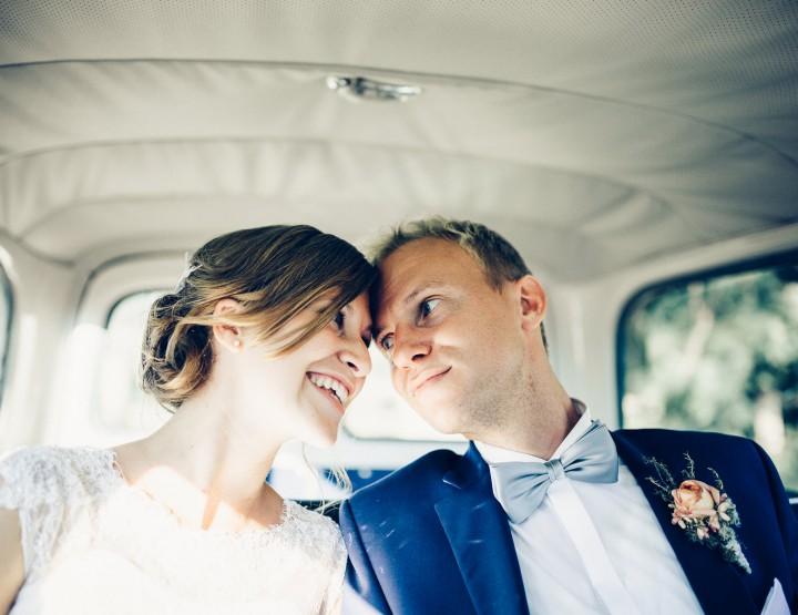 Luisa & Jan - Hochzeitsreportage - kirchliche Trauung und Feier in Celle im Landgasthaus ,,Zur Heideschenke